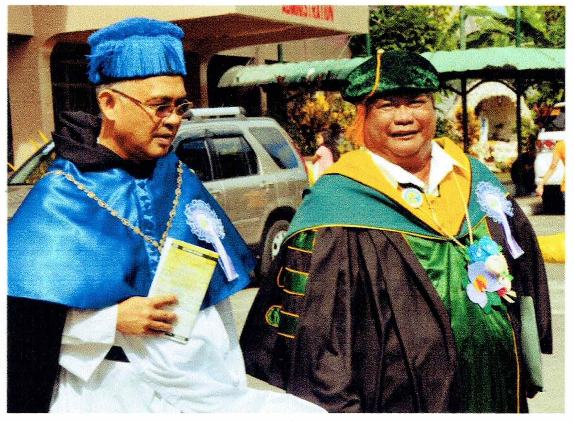 <em>Fr. Arceo and Dr. Detera in Sorsogon City</em>
